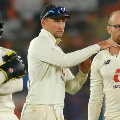 England unhappy with 3rd umpire results